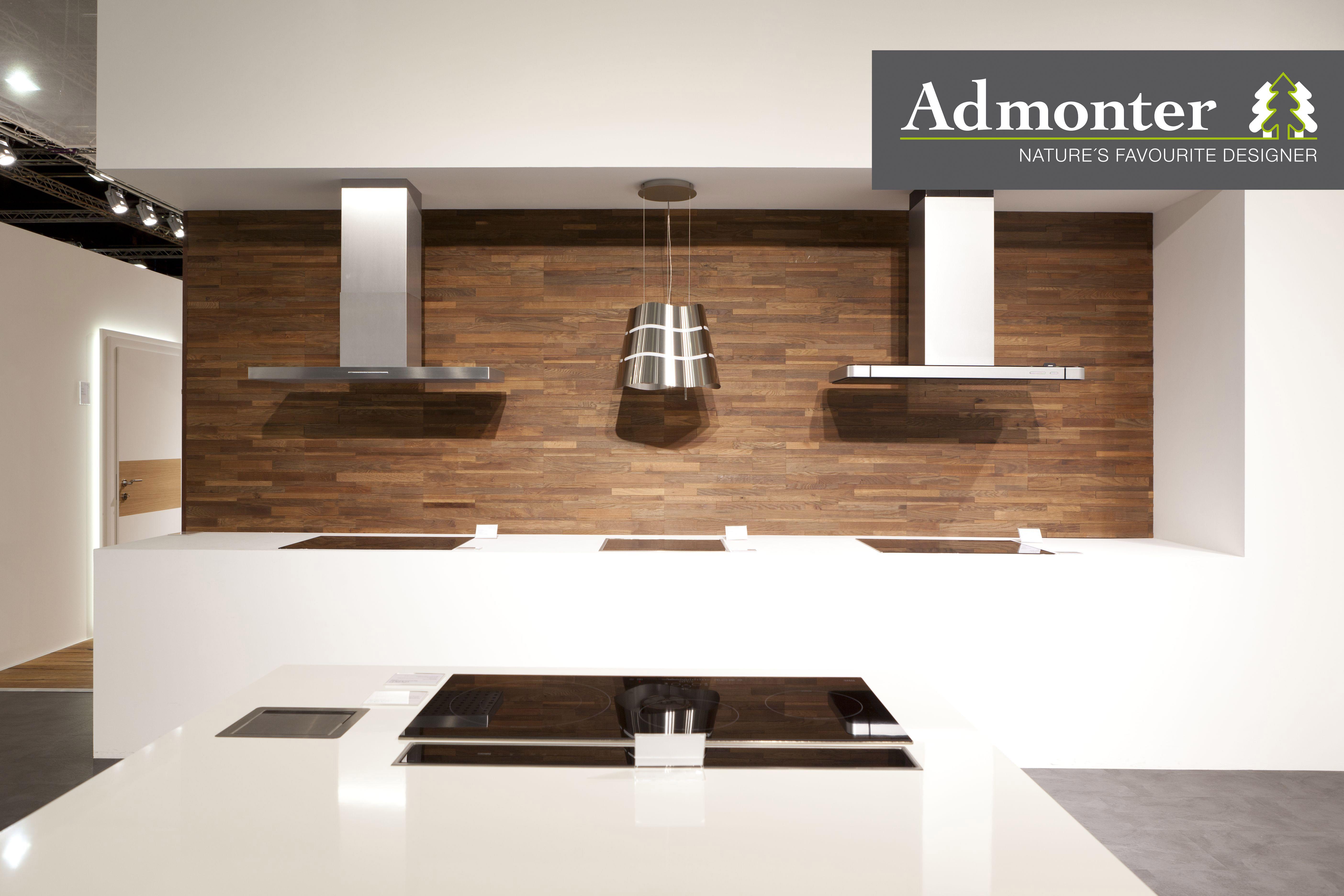 pared de cocina con madera, diferentes texturas y acabados. paumats ...