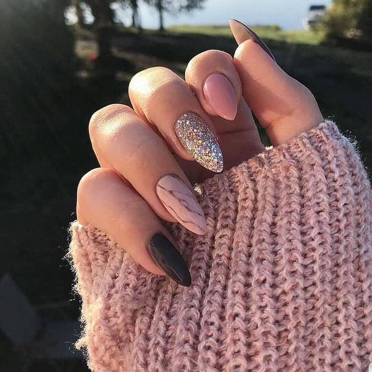 Photo of The picture was discovered by Victoria. Browse and save your pictures and videos in We Heart It! – nail art