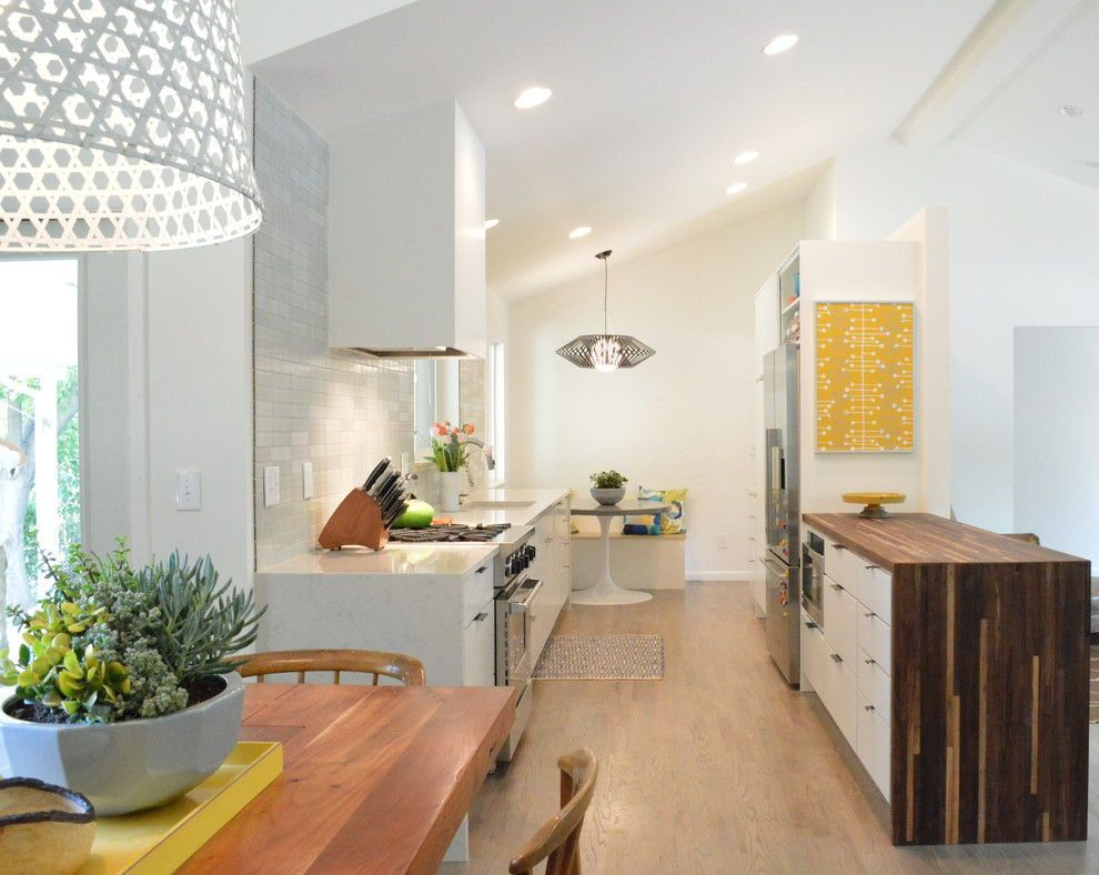 29 Awesome Galley Kitchen Remodel Ideas, Design, & Inspiration #opengalleykitchen 29 Awesome Galley Kitchen Remodel Ideas (A Guide to Makeover Your Kitchen)  #onabudget #small #beforeandafter #fixerupper #ideas #narrow #layout #joannagaines #open #island #opengalleykitchen