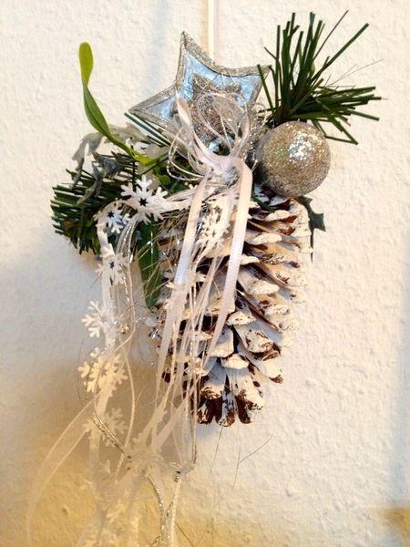 Weihnachtsdeko In Grün.Weihnachtsdeko Tannenzapfen Deko 2 Stck Weiss Silber Grün Ein