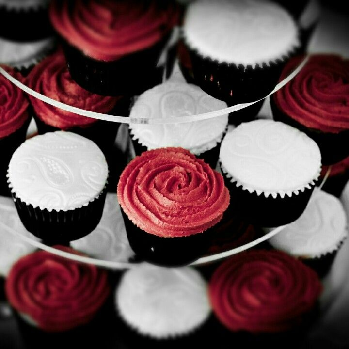 Find This Pin And More On Wedding Red Black White Cupcakes