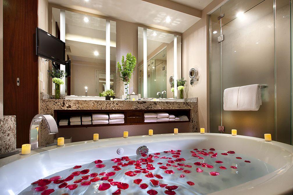 Suites Del Cielo Penthouse For Sale Las Vegas Hotels Hot Tub Room
