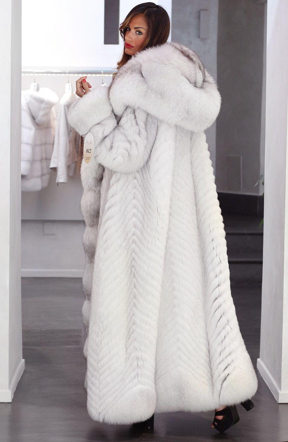 Hooded Blue Fox Fur Coat Pelzmantel Fuchspelz Mantel Pelz