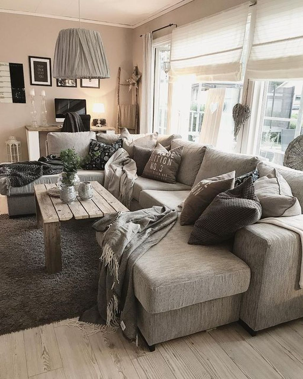 50 Awesome Winter Simple Living Room Decor Ideas You Must Try images