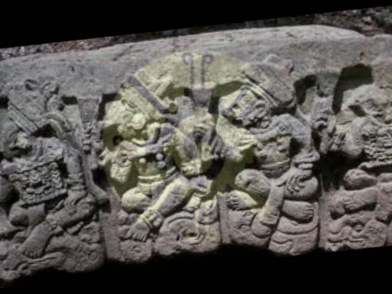 Moisés Sánchez es pianista y compositor musical, productor y director de cine de Honduras, su composición musical HUNAB KU es una composición inspirada en el dios del universo de los mayas HUNAB KU, pero en este caso Sánchez representa con una aborigen descendiente maya a HUNAB KU