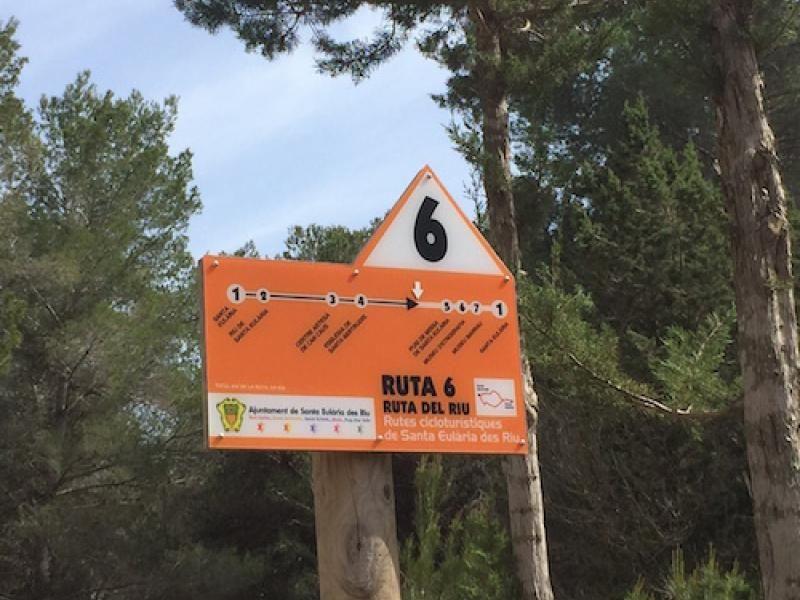 En bici por #Ibiza: La #ruta de las #flores. 24 km que combinan deporte, aromaterapia, colorterapia, arte, compras y gastronomía.
