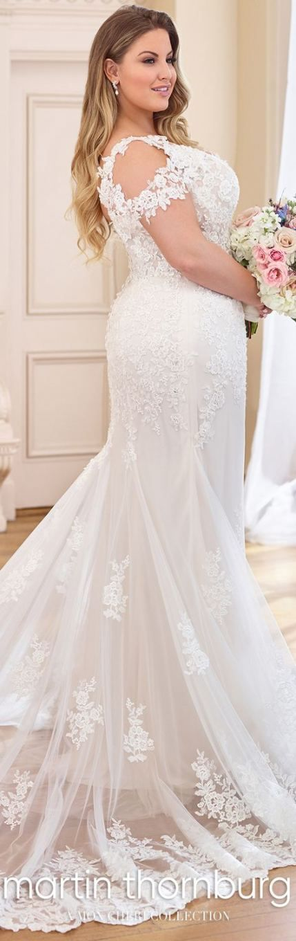 Best wedding dresses fit and flare curves 19+ ideas Best wedding dresses fit and flare curves 19+ ideas...  #Curves #Dresses #Fit #wedding dresses plus size fit and flare Best wedding dresses fit and flare curves 19+ ideas