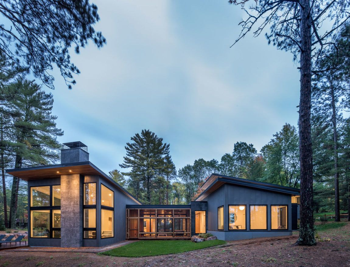 Fabulous House Designed Nature Lovers In Middle Of
