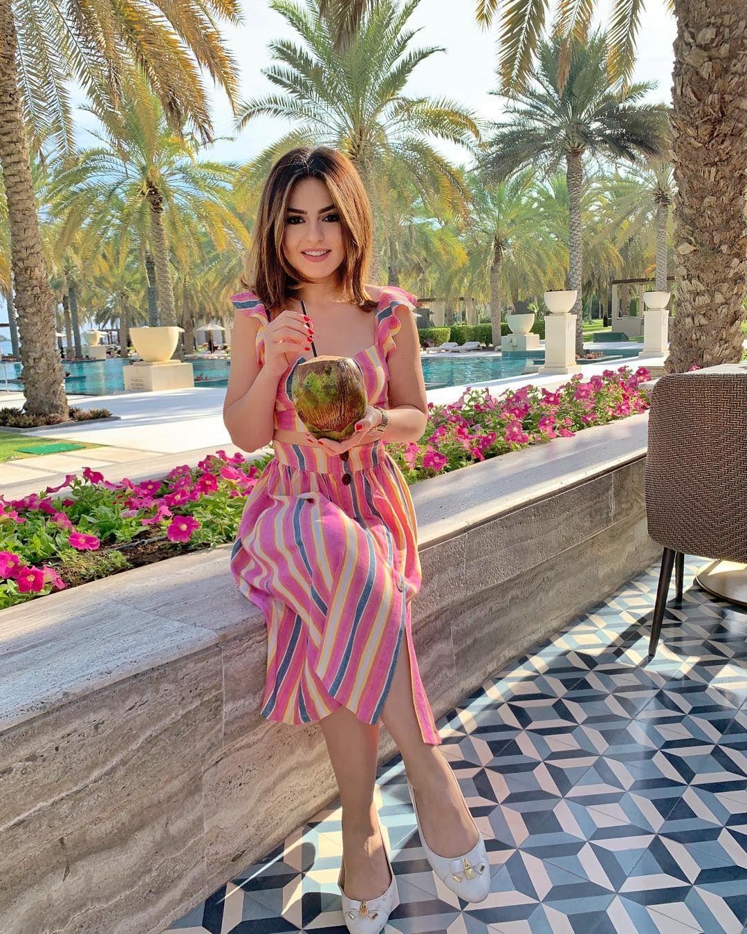 Safa Srour صفا سرور On Instagram Morning Like This Albustanpalace Muscat صباح الحب مني الكم يا احلا صبايا Lily Pulitzer Dress Pulitzer Dress Fashion