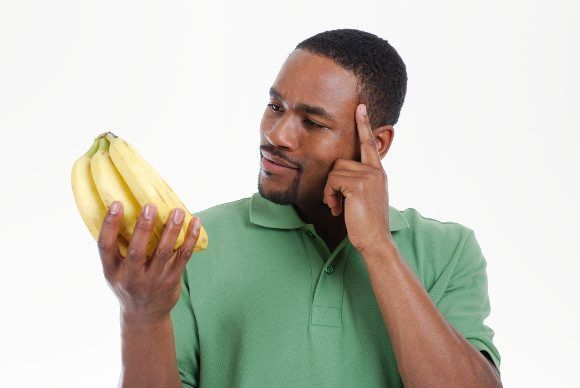 Bananas: Good or Bad? #Bananas are a surprisingly controversial food.  Even though they are a whole, single ingredient food - they are also high in carbs and sugar.  Because of their carb/sugar content, they have been demonized by many low-carbers.  Are bananas good for you, or bad? This article sets the record straight...