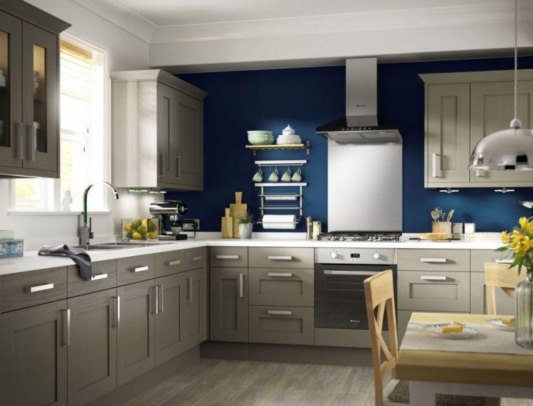 Cuisine Couleur Taupe Et Mur En Bleu Avec Meubles Contemporains Taupe Kitchen Kitchen Design Blue Kitchen Walls