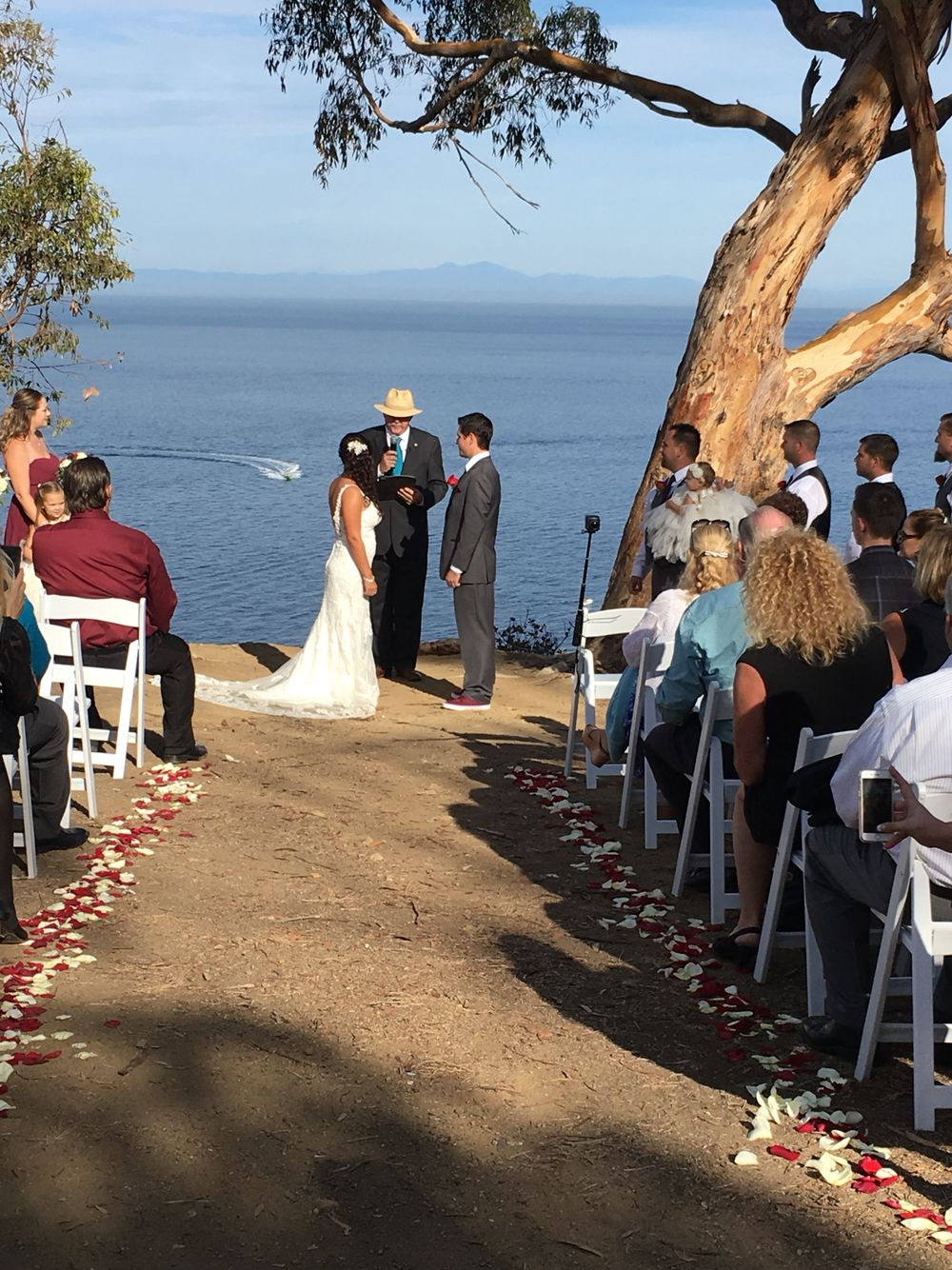 A very special wedding ceremony on beautiful Catalina