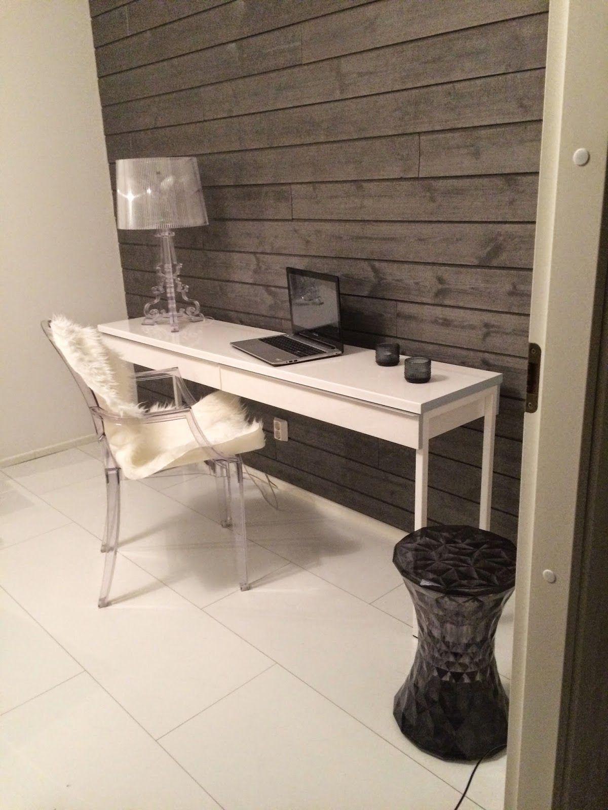 Harmaa paneeliseinä (Moderni valkoinen koti - blogi)   Ideas for the House   Koti, Sisustus ...