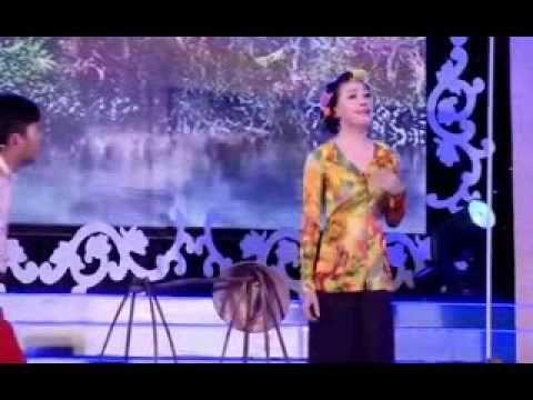 Liên khúc bá đạo nhất 2013 http://xapxinh.com/videos/z/0/1/moi-nhat