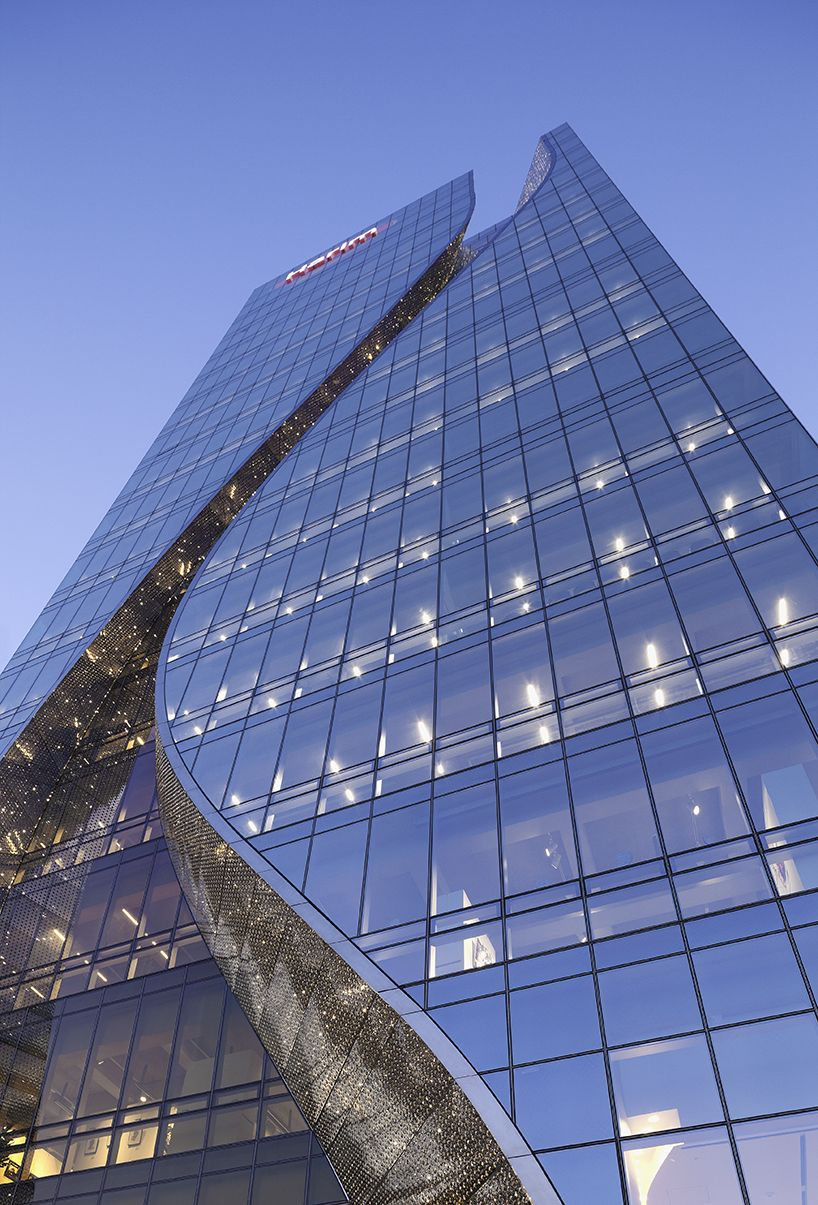 harim's new headquarters designed by beck group includes a sparkling slit across its façade is part of Modern architecture interior - the harim group commissions the beck group to design its new headquarters on one of the most active pedestrian streets in the gangnam distritc of seoul