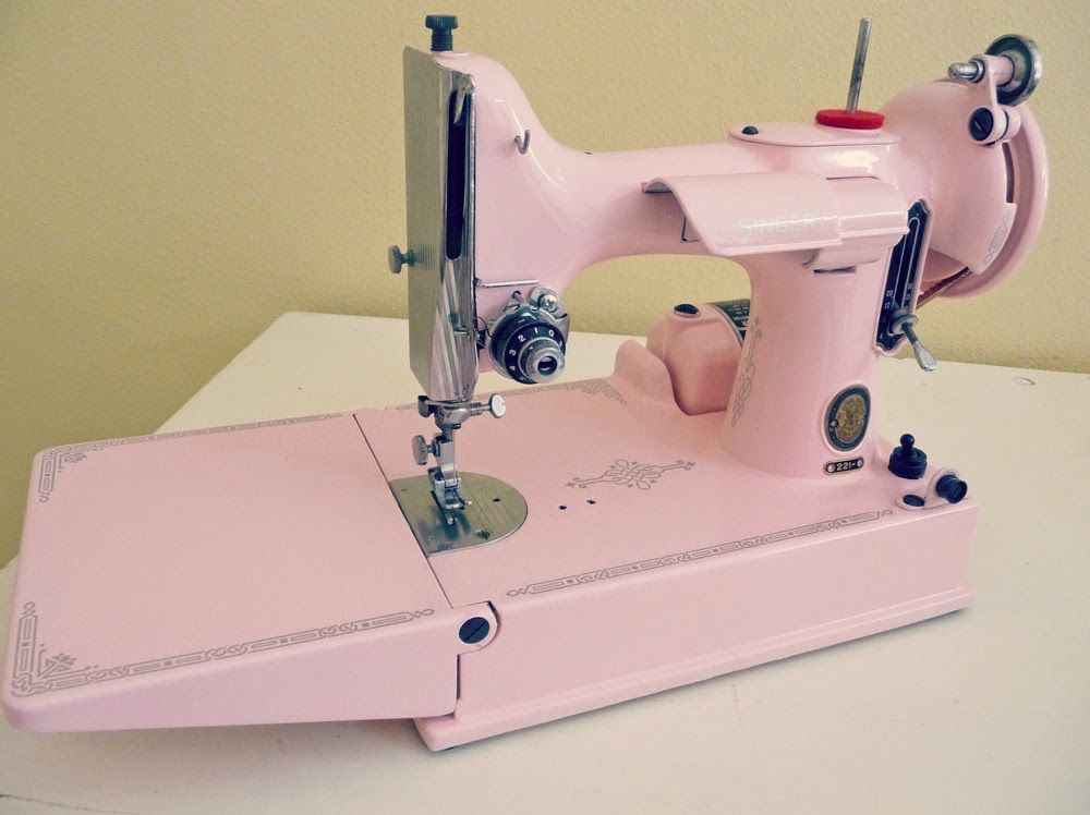 Awesome Sewing Machine Redo Pink Repainted Singer 40 Featherweight Best Featherlite Sewing Machine Pink