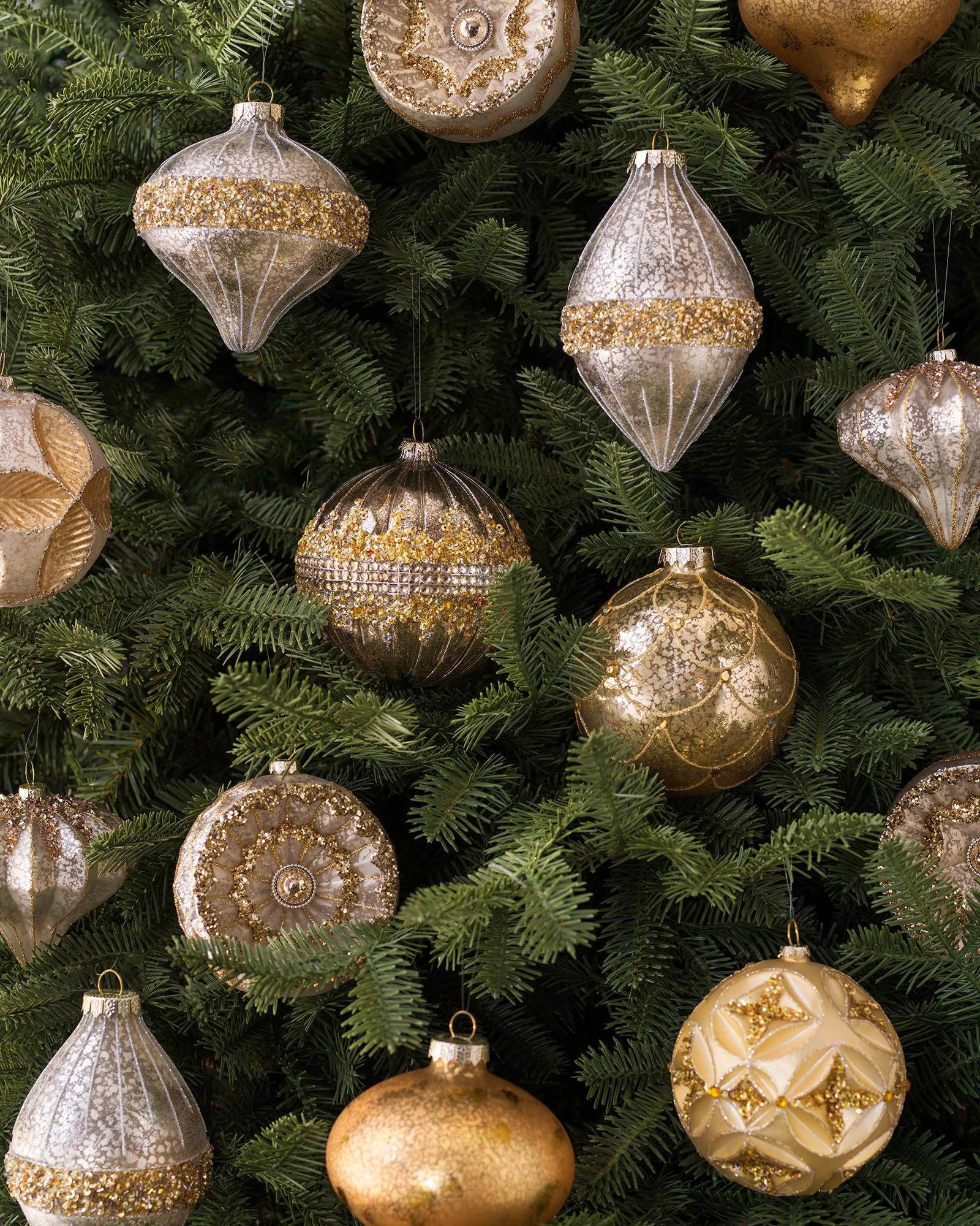 Silver And Gold Christmas Ornament Set Balsam Hill Gold Christmas Ornaments Christmas Ornaments Christmas Ornament Sets