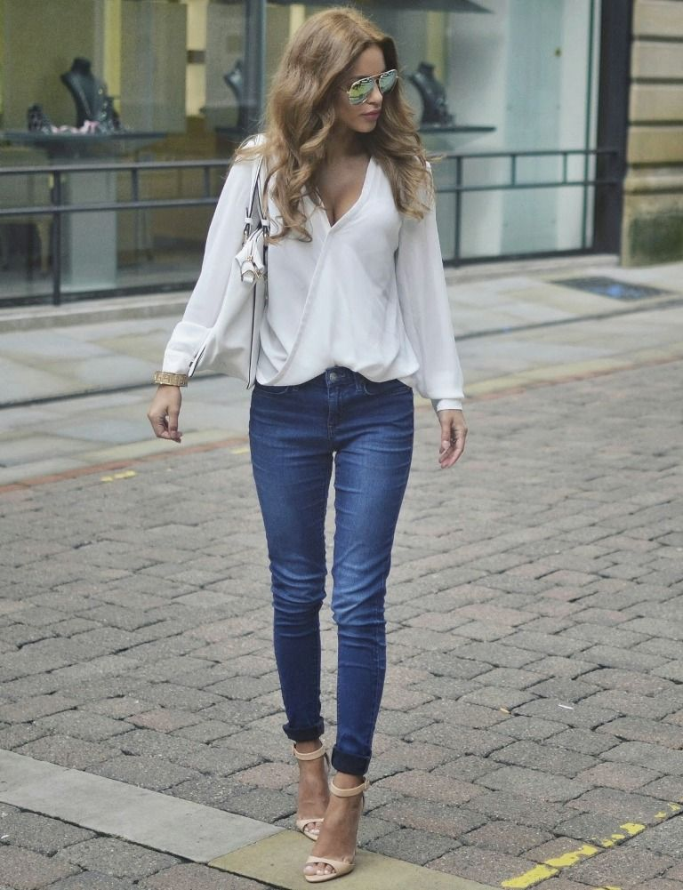 chiffon blouse with skinny jeans
