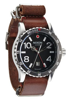 The Diplomat - Black / Brown | Nixon -