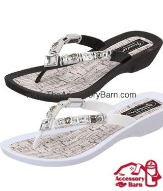 b6a6b52e0bb630 27143c - grandco sandals flawless in white and black with clear jewels