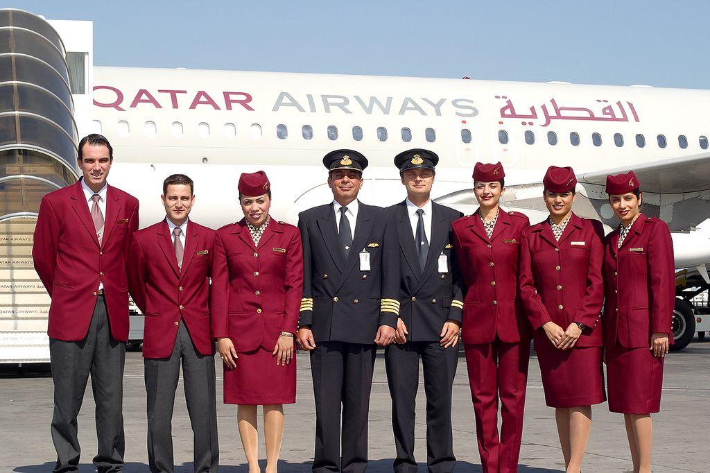 QATAR Flight Attendat Google 検索 Qatar airways cabin