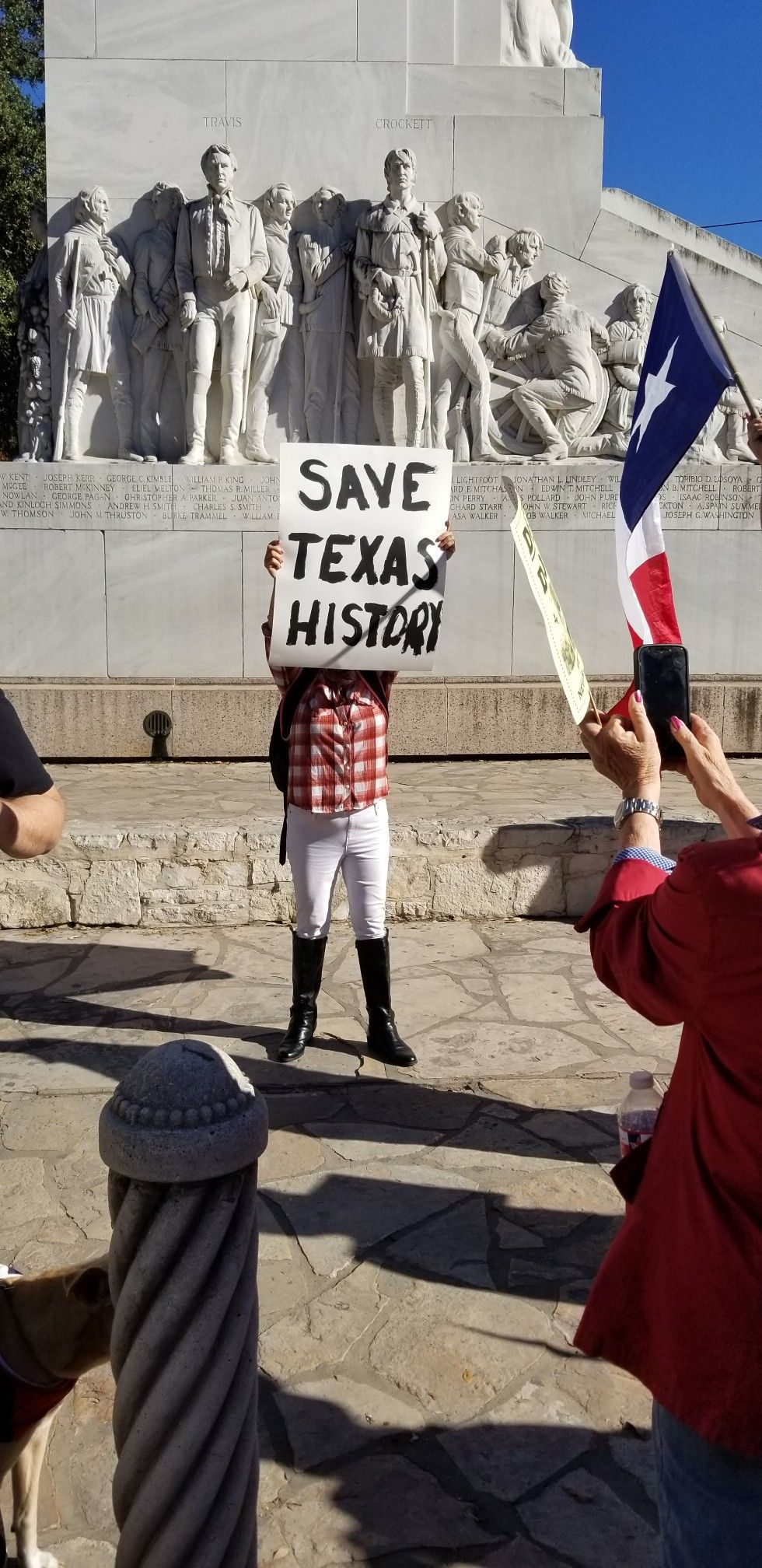 Call Governor Greg Abbott And Tell Him To Stop The Moving Of The Alamo Cenotaph 512 463 2000 Texas History Cenotaph Alamo