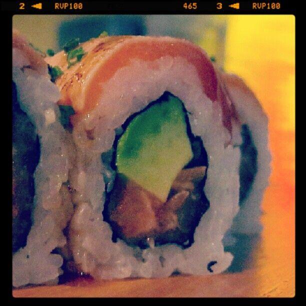 Futomaki 2 Salmones, recién salidos de las manos de nuestro Itamae.