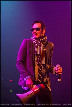 Scott Weiland at the VM Corona Theatre in Montreal, July 2014