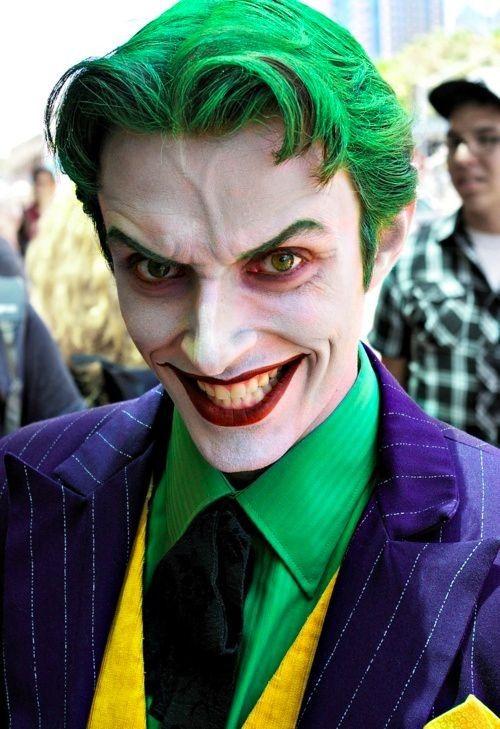Evil smile joker clown makeup for 2014 Halloween party - clown face - clown ideas for halloween