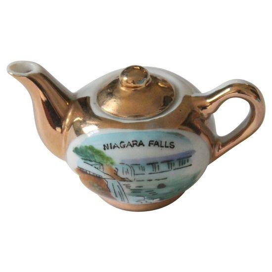 Miniature Niagara Falls Souvenir Teapot #huntersalley