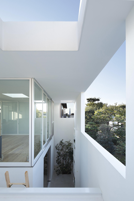Galería de Casa de adentro hacia afuera / Takeshi Hosaka - 4