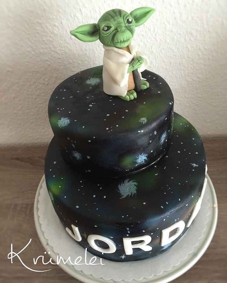 Starwars Starwarstorte Yoda Lindaskrumelei Krumelei Torte
