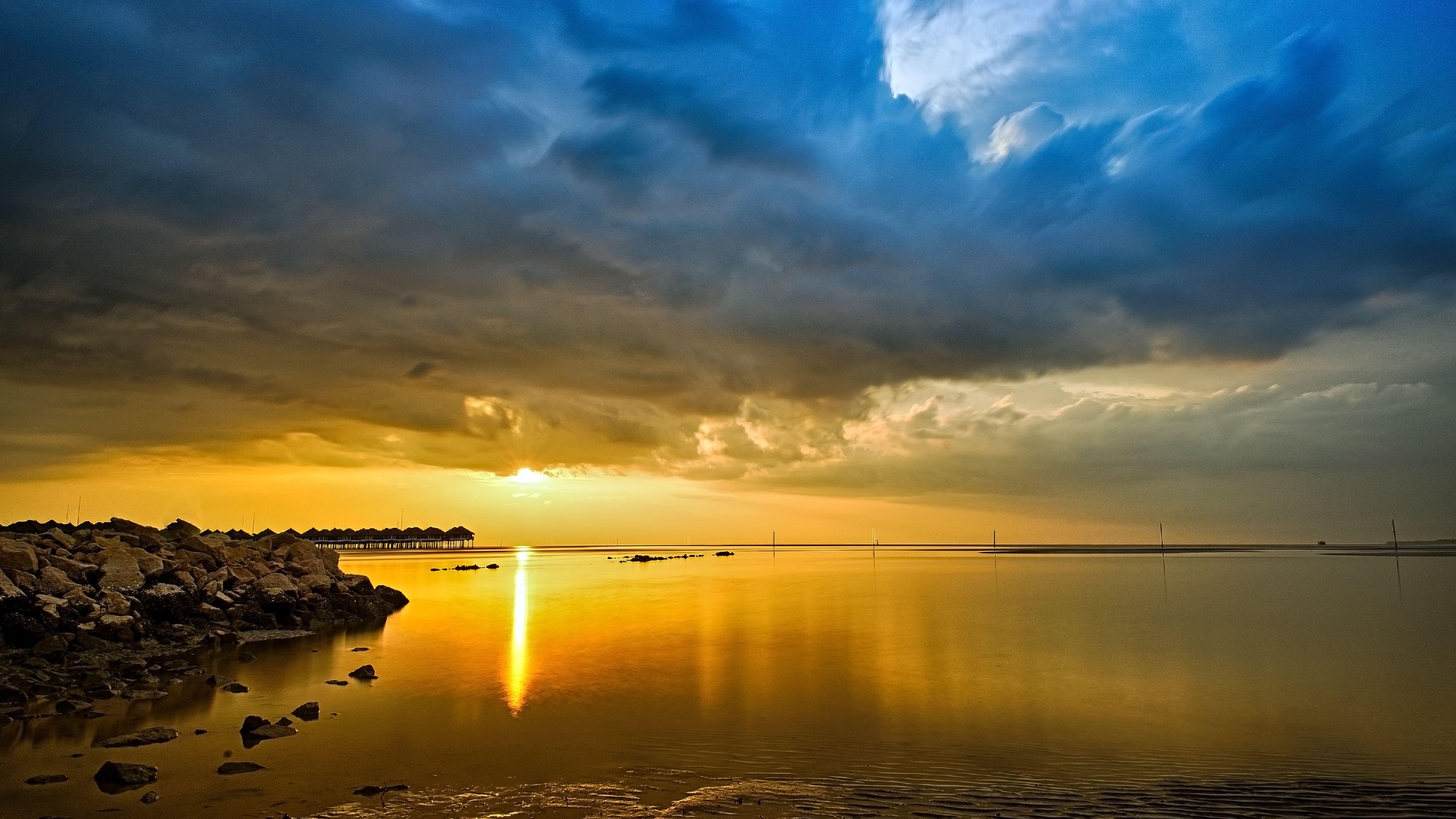 Sunset over Sepang Gold Coast Malaysia [3840 X 2160