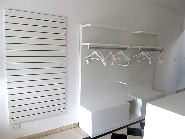 Muebles para local de ropa infantil fabricante katy for Fabrica de muebles de oficina zona oeste