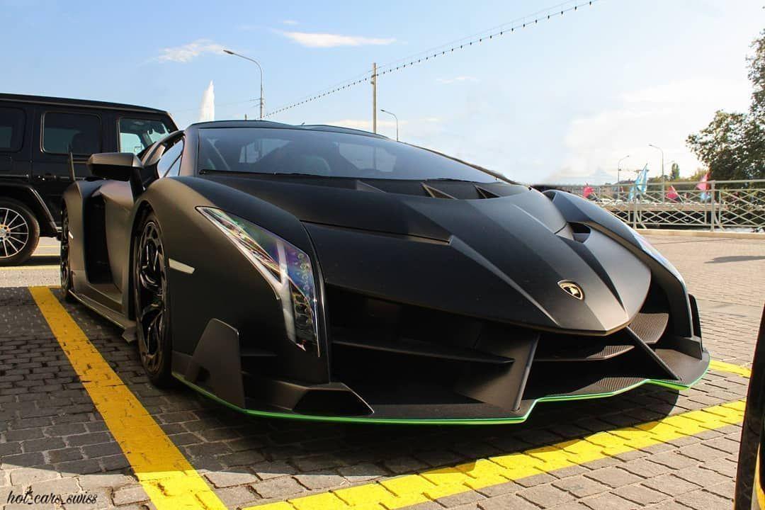 1of9 Lamborghini Veneno Roadster worldwide... 1of9 Lamborghini Veneno Roadster worldwide... 1of9 La