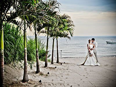 Here Comes The Guide Crescent Beach Club Long Island Weddings