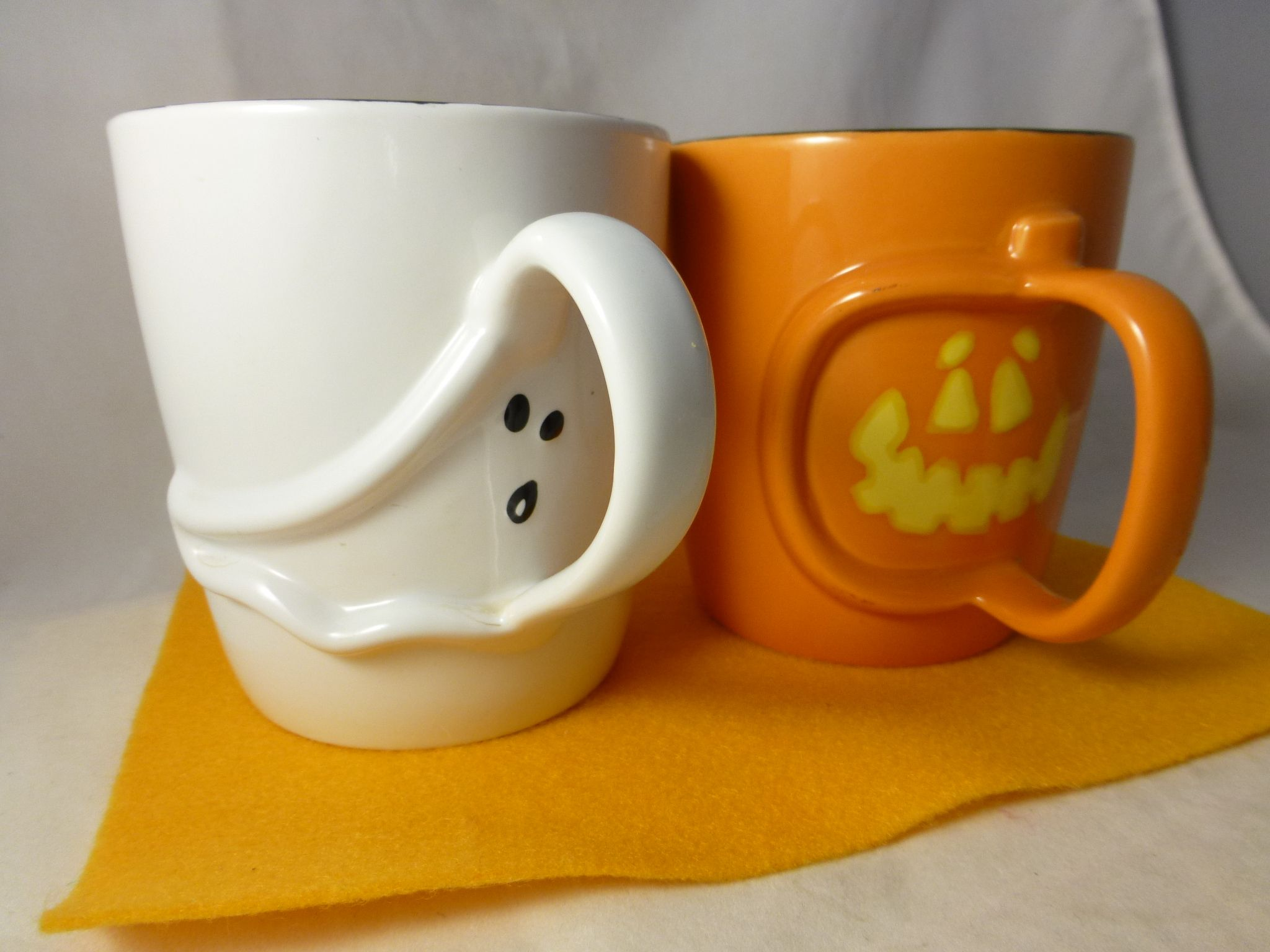 what i like about fall | cool #starbucks #halloween_mugs | what i