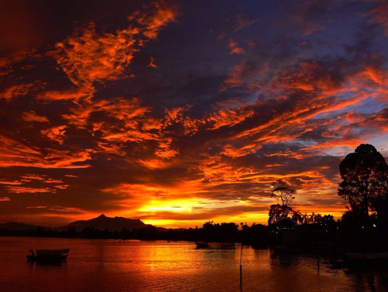 beautiful mountain sunset awesome views pinterest