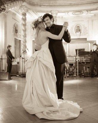 "Michelle Kosinski And Kimbell Rush Duncan's Wedding ""Lovebration"" - The First Dance"