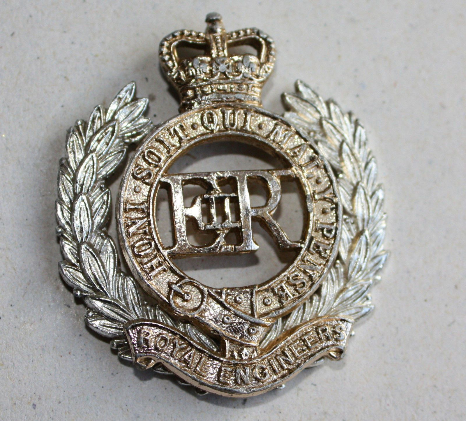 Royal engineers british army #military anodised cap #badge