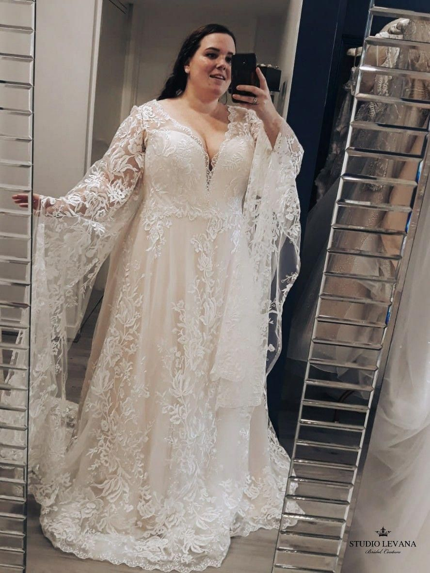 Beautiful Plus Size Lace Wedding Gown With Custom Sleeves Lilach By Studio Levana Wedding Dresses Plus Wedding Dresses Lace Bridesmaid Dresses [ 1182 x 887 Pixel ]