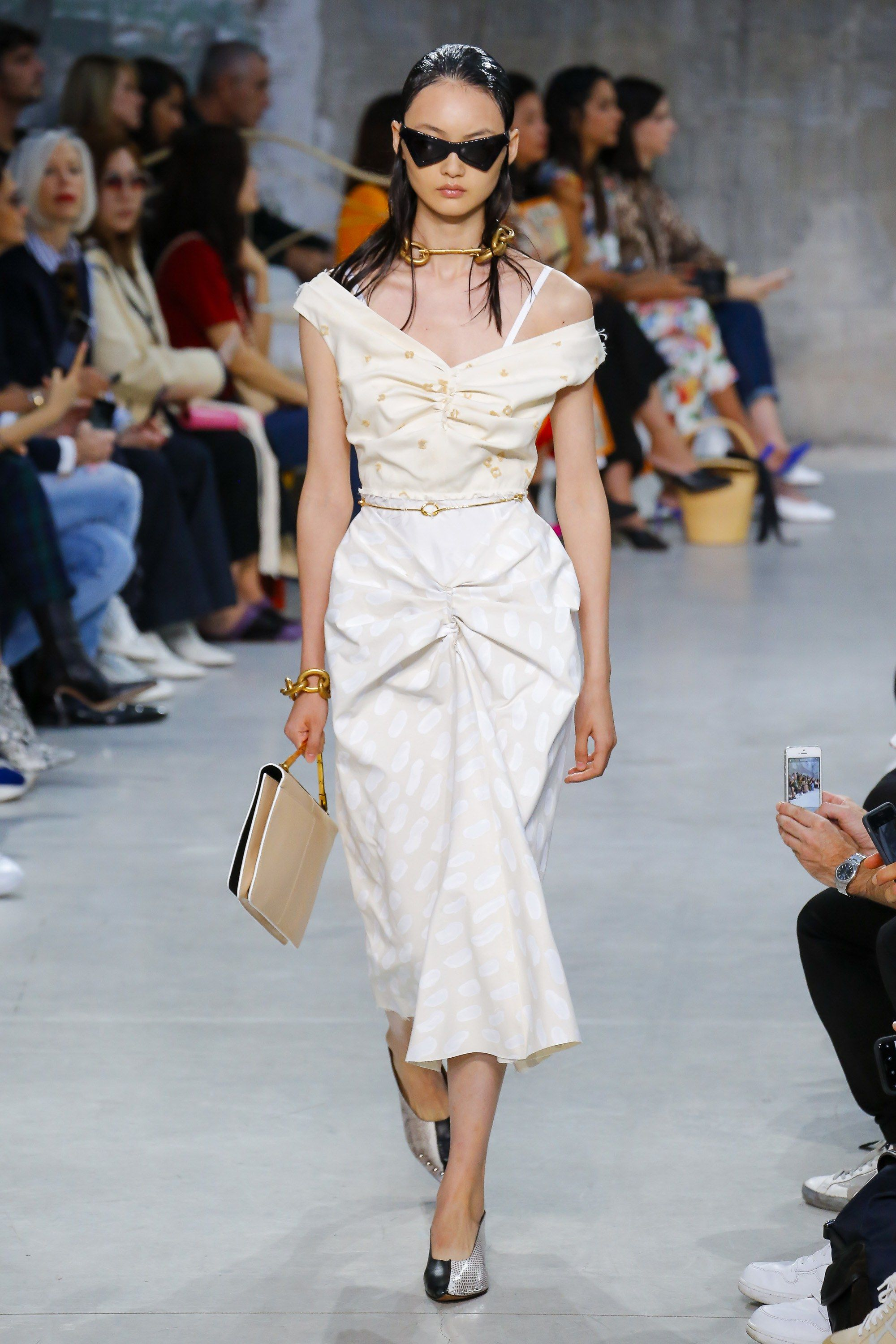 photo Marni SpringSummer 2019 Collection Focuses on the Waist