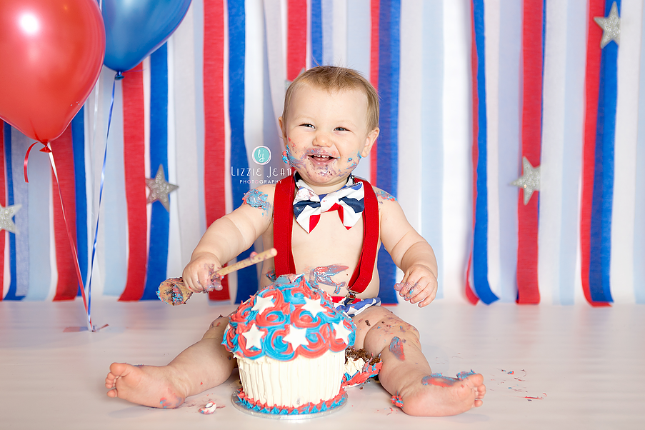 Red white blue cake smash professional photographer melbourne photographer werribee newborn photography