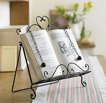 Cookbook stand, Not on the Highstreet, £38 Just got one for the kitchen