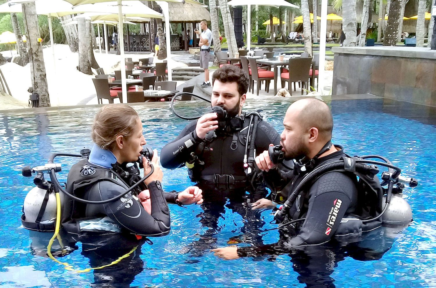 From Bev Naz and Ian undertook their SSI Try Scuba