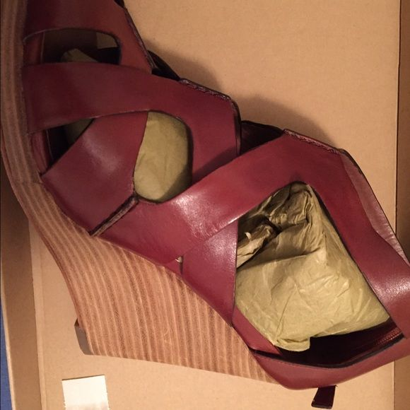 834e8f495043 Cole Haan Wedge - 10.5
