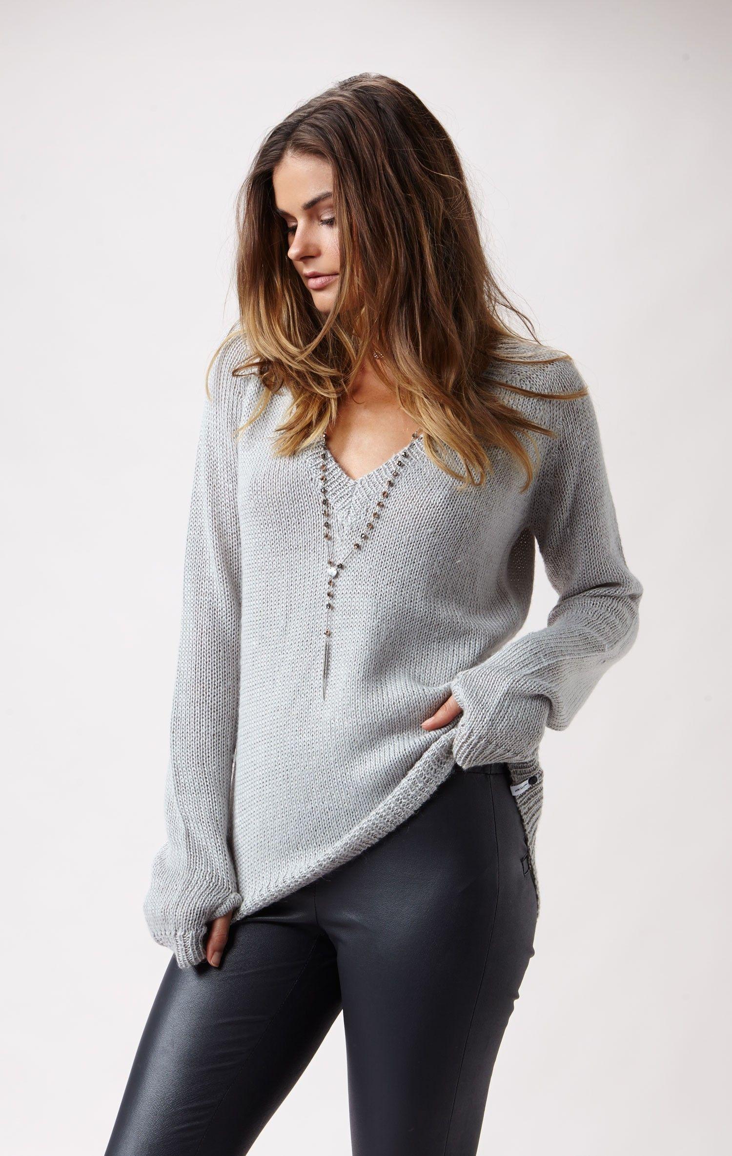 snug knit v-neck sweater by ONE TEASPOON #planetblue