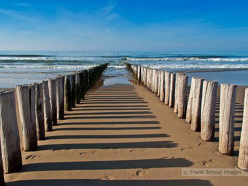 ZEELAND (NL) - 500 years old breakwaters - ON EXPLORE