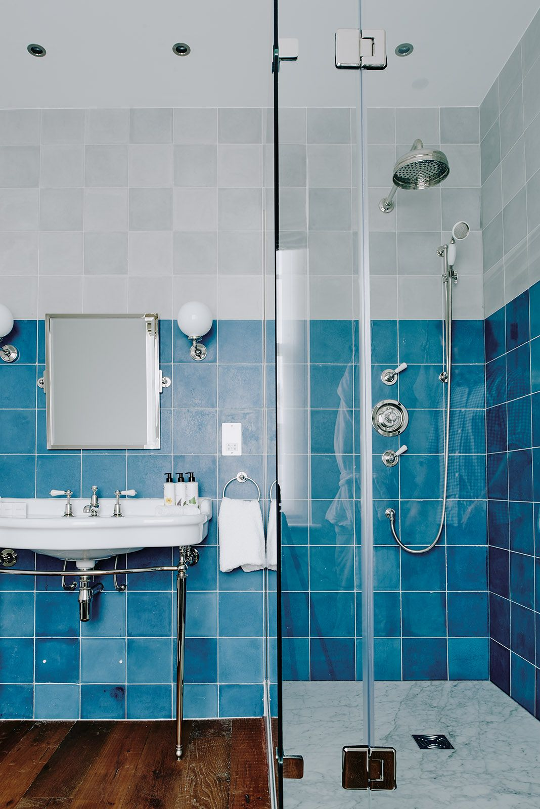 The vibrant blue tiles of the Artist Residence bathroom is perfect ...