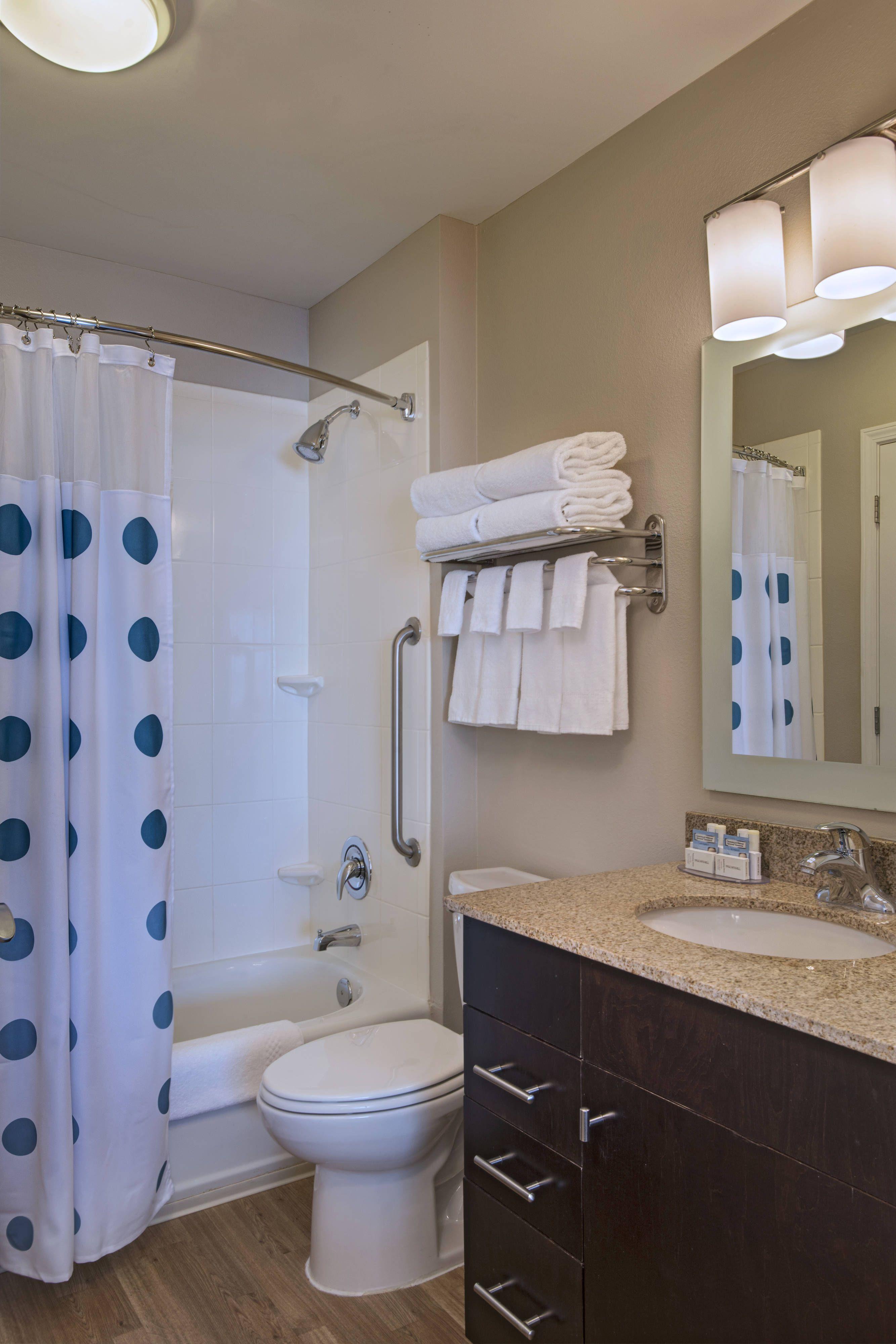 Towneplace Suites Fayetteville Cross Creek Studio Suite Bathroom